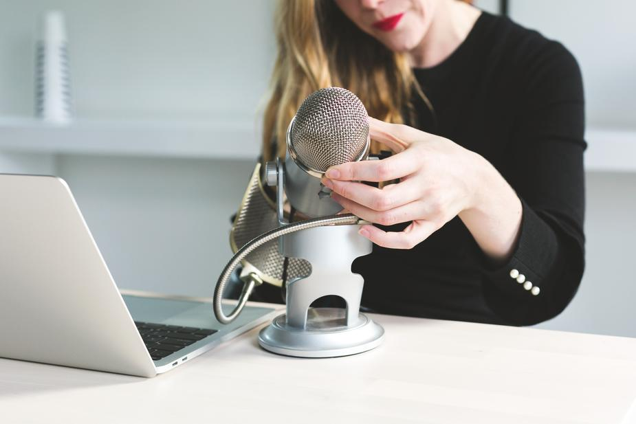 how-to-find-guests-for-your-podcast